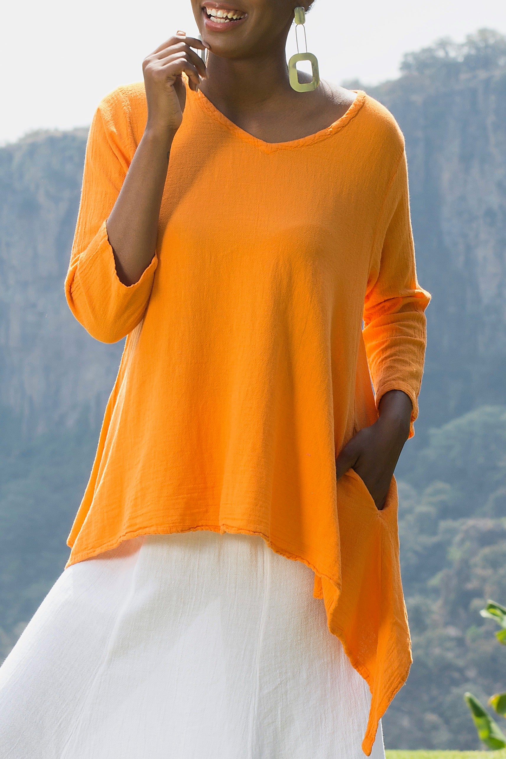 Marion- Perfect Summer Top with Pockets