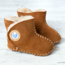 Load image into Gallery viewer, Cwtch  - Handmade Leather Boots