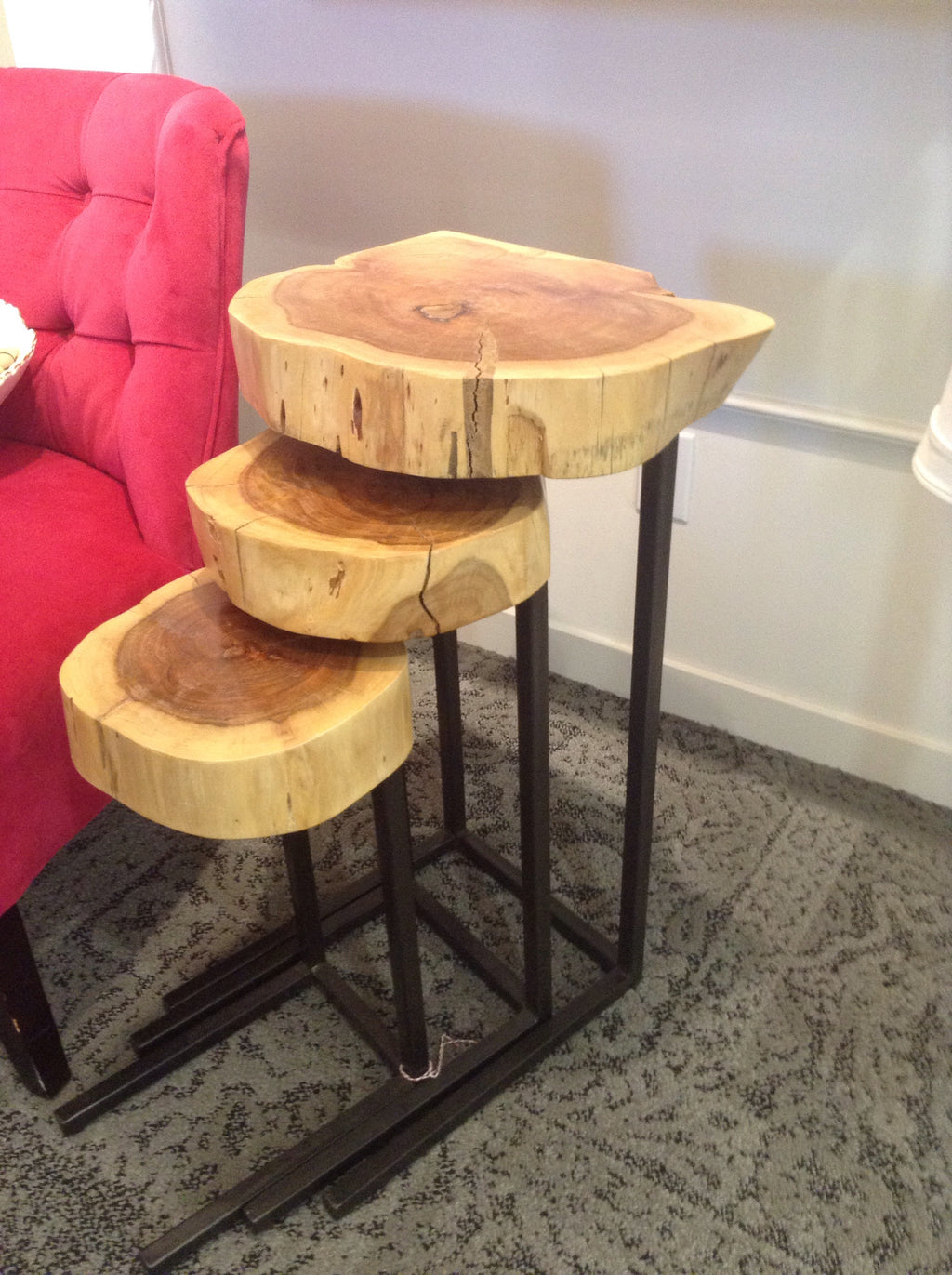 Alice metal and wood accent table -set of 3
