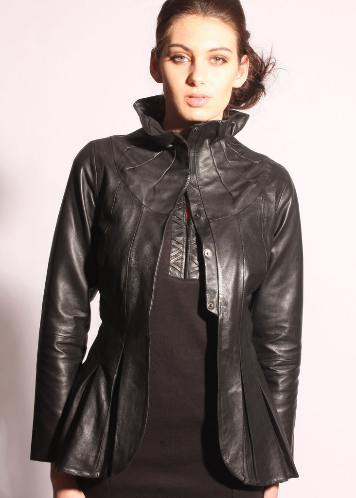 Leather pleated collar jacket