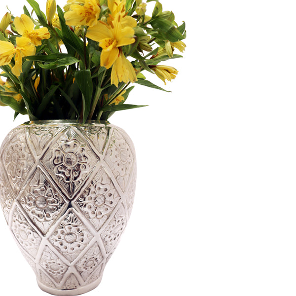 "Handmade Luxury Home Decor Silver Plated ""Marguerite"" Flower Vase"