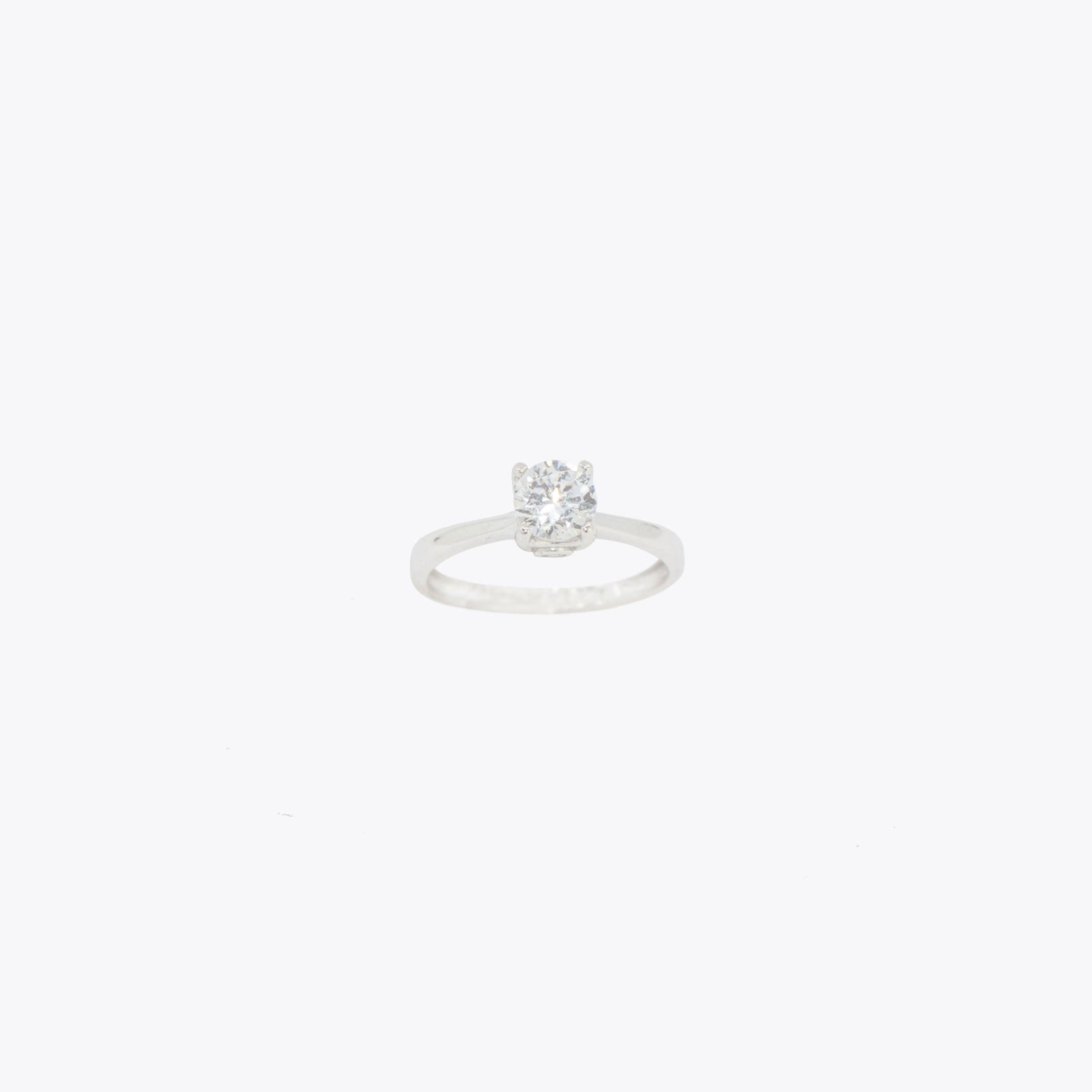 Solitario Engagement Ring