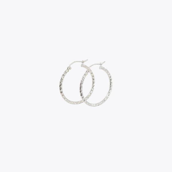 Mine Thin Medium Hoops