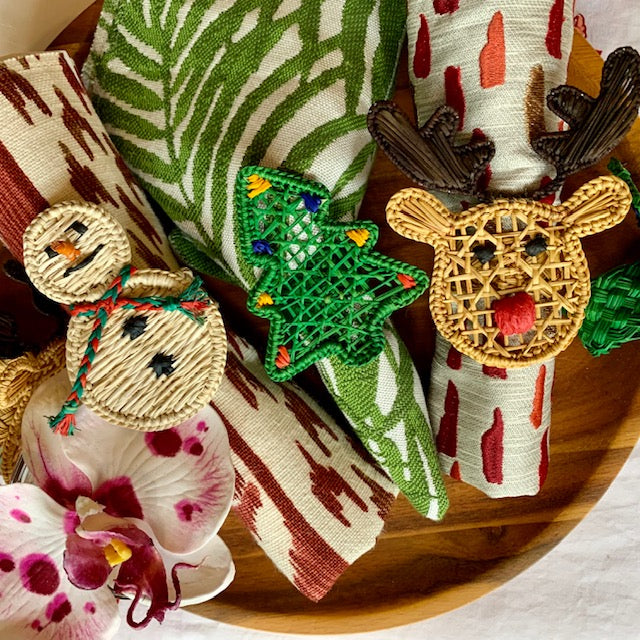 Iraca Palm Christmas Tree Napkin Holders (6) - The Kemble Shop