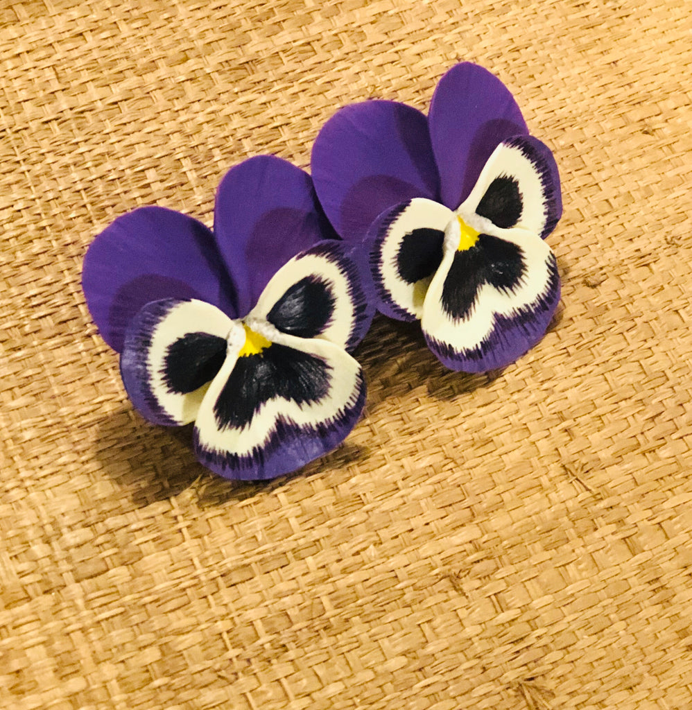 Purple Pinch Medium Pansy Earring - The Kemble Shop