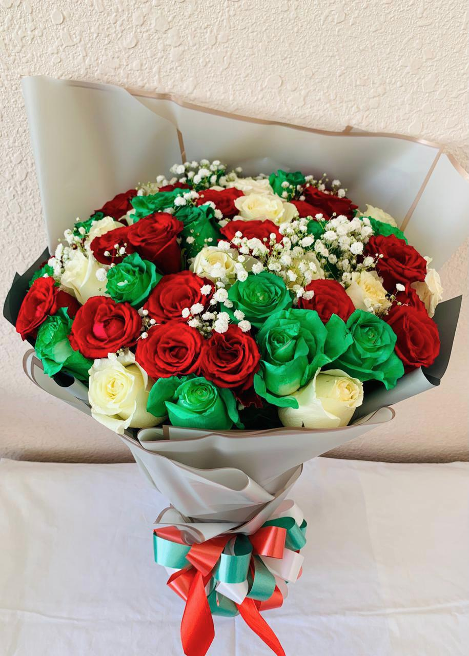 National Day Bouquet (50 Roses) Special Offer