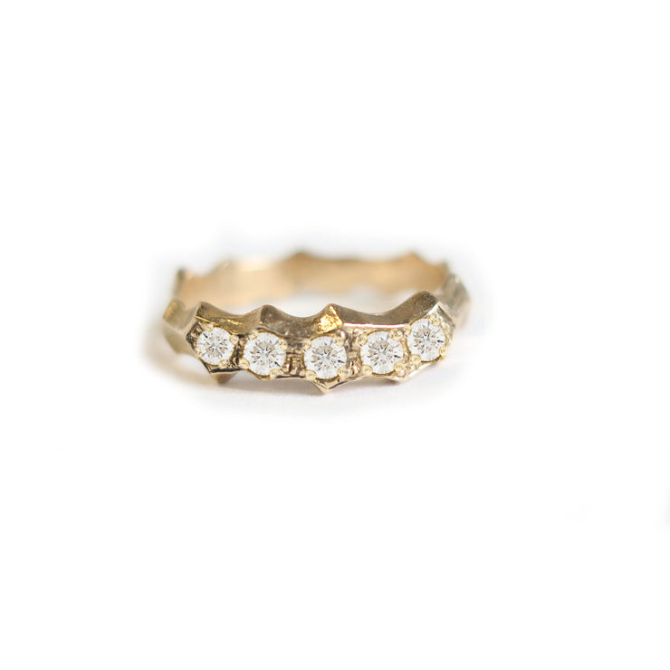 Durus Ring with White Diamonds in 18k gold