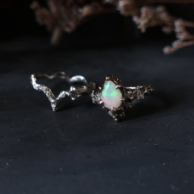 Floresco Ring with Opal