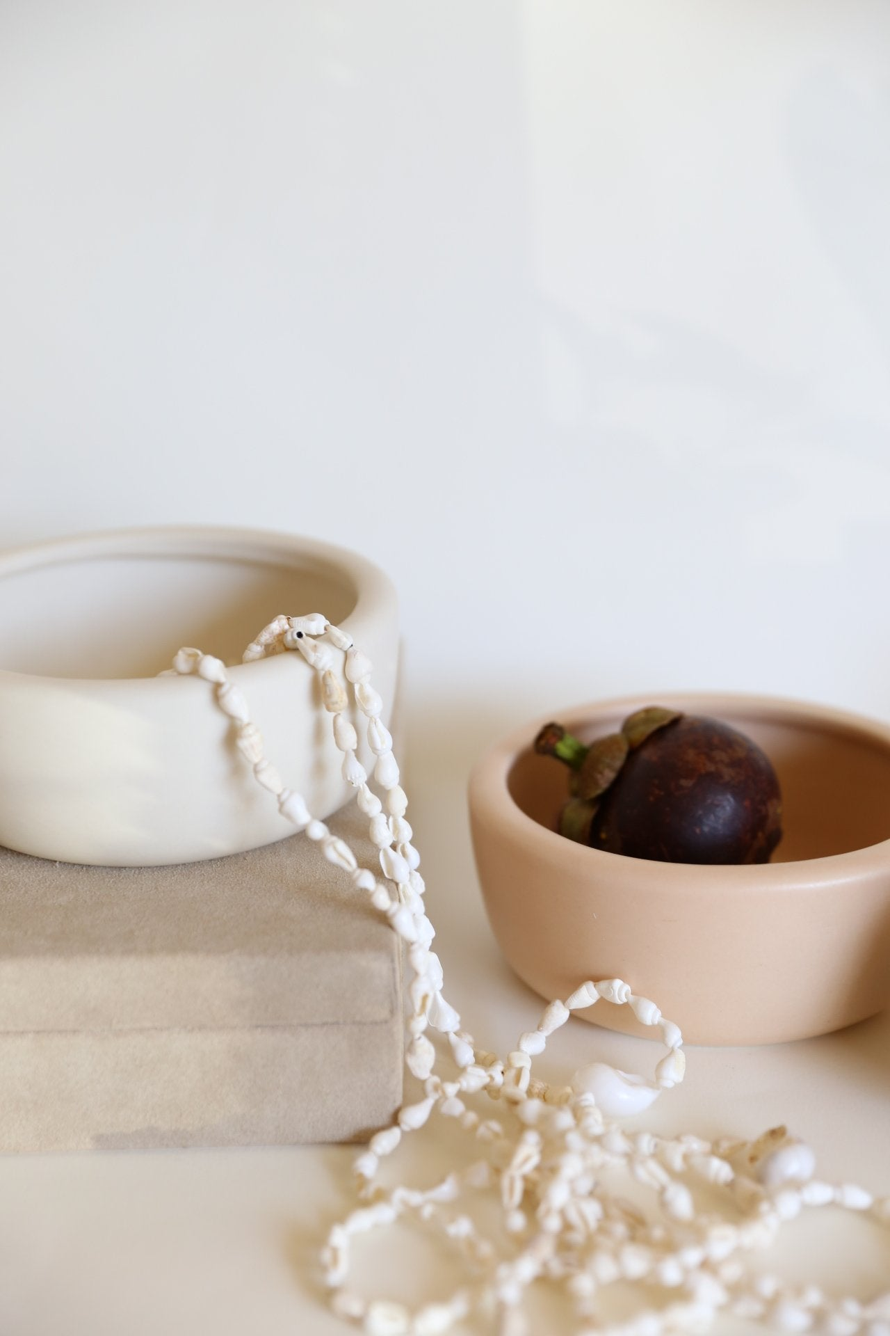 Oh Flora Store | white and taupe round ceramic bowl vase