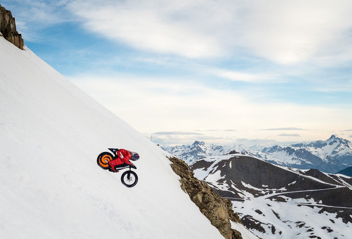 Going 141 mph on a mountain bike down a ski slope