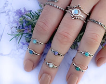 Load image into Gallery viewer, Twist Blue Opal Toe Ring - Midi Ring