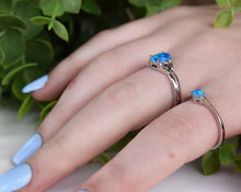 Load image into Gallery viewer, Celtic Blue Opal Ring