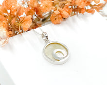 Load image into Gallery viewer, Mother of Pearl Wave Necklace