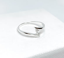 Load image into Gallery viewer, Cubic Zirconia Adjustable Toe Ring - Midi Ring