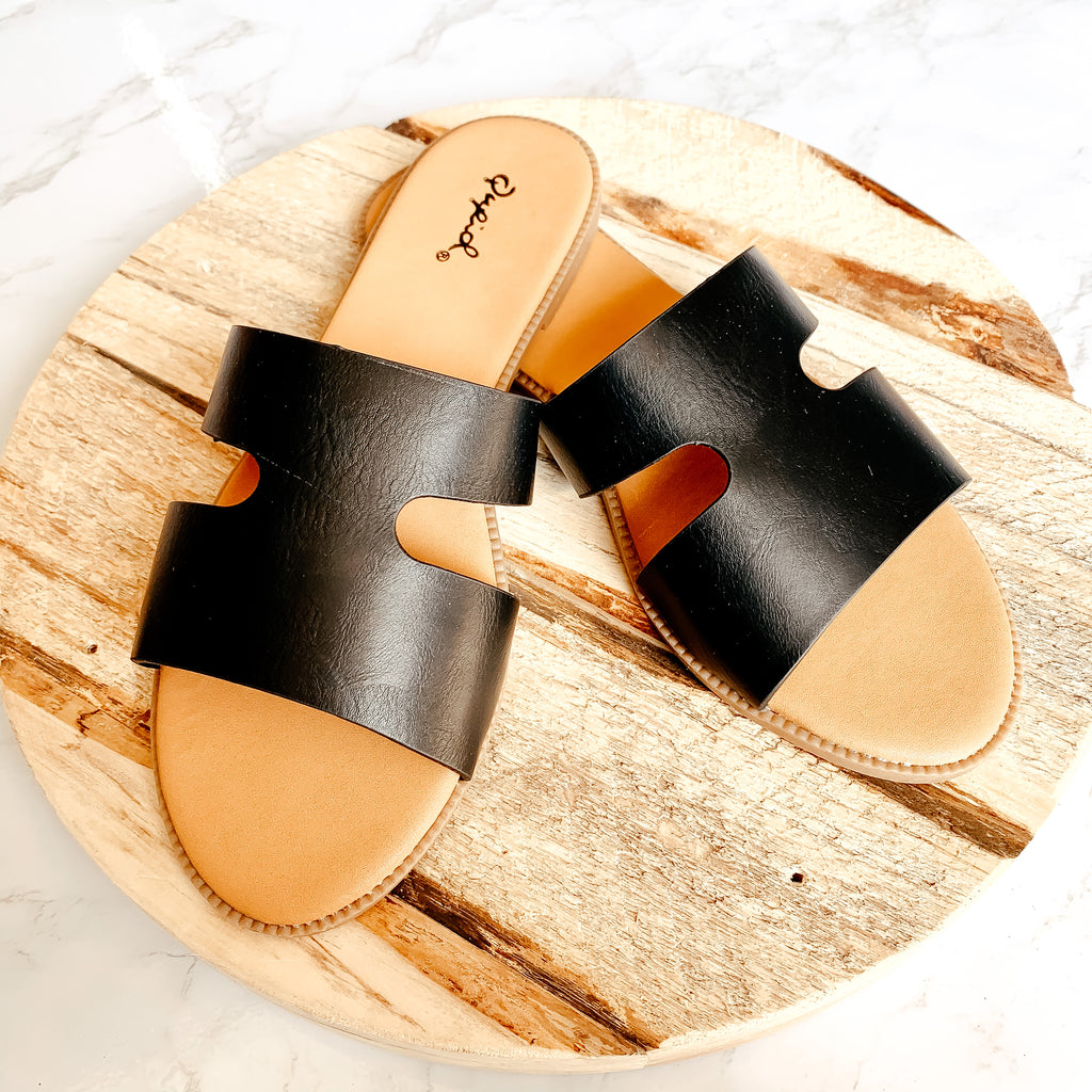 The Desy Sandals