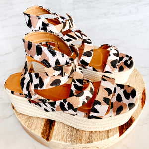 Tropic Travels Sandals