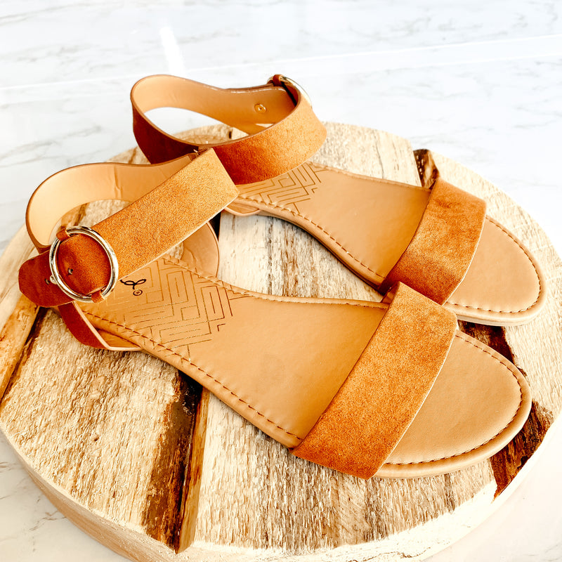 The Zina Sandal