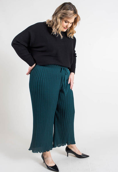 Polished Pleats Wide Leg Dress Pants- green- Common Assembly