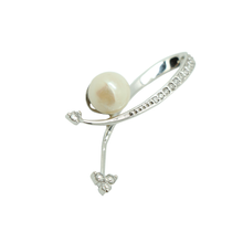 Load image into Gallery viewer, 18K White Pearl Diamond Pendant