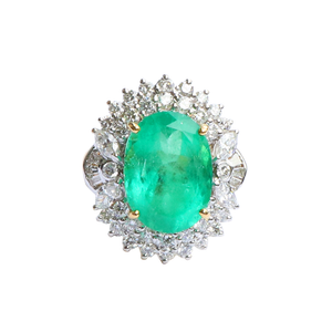 Flowered Shaped 18K Gold Emerald & Diamond Ring