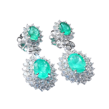 Load image into Gallery viewer, 11ct of Green Colombian Emerald Earstuds