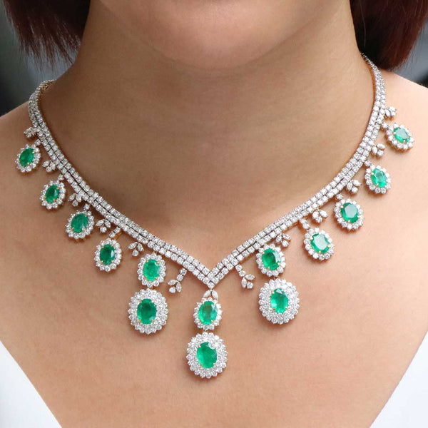 18K Gold Emerald & Diamond Necklace