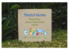 Maple Wood Garden Personalised Sign