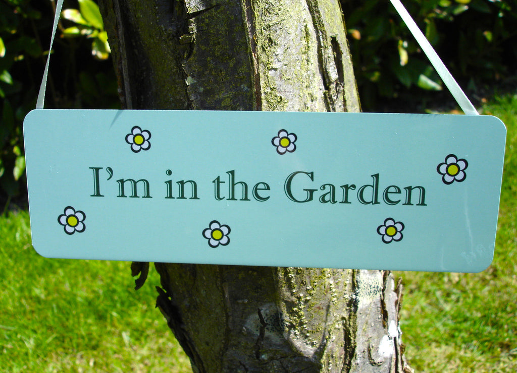 I'm in the Garden Daisy Design: Green Hanging Sign at Honeymellow