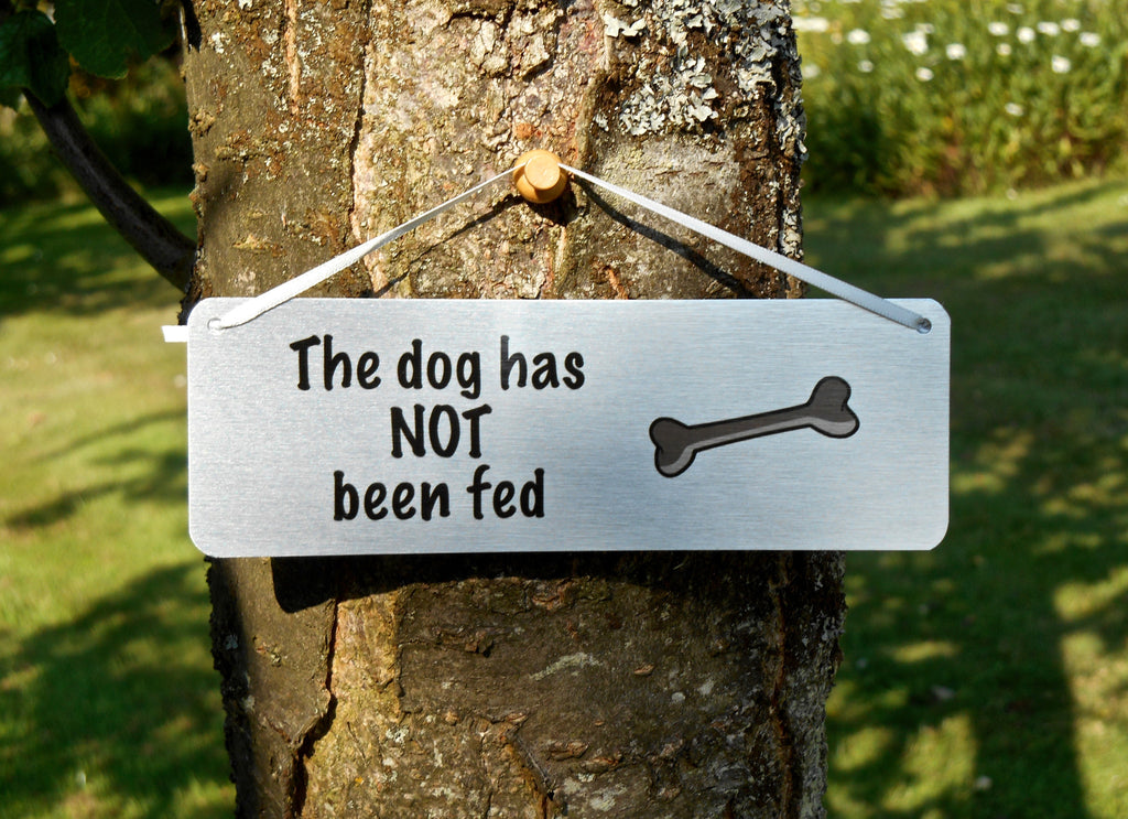 Dog fed not fed double-sided personalised sign at Honeymellow.com