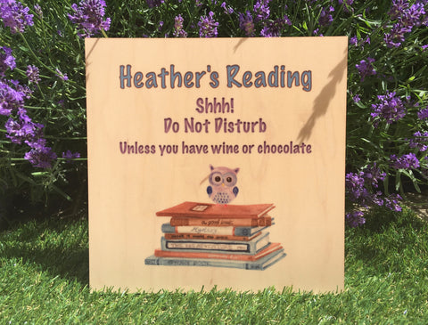 MAPLE WOOD Busy Reading Square Sign: Bespoke Personalised Wall Plaque