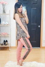 Load image into Gallery viewer, Leopard Stripe Favorite Joggers