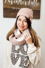 Load image into Gallery viewer, CC Infinity Scarf