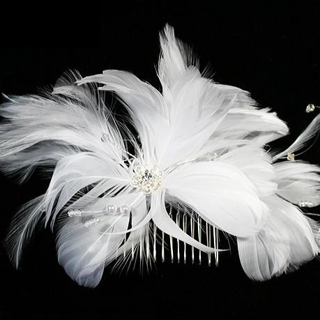 Feather Haircomb with Scattered Pearl & Crystal