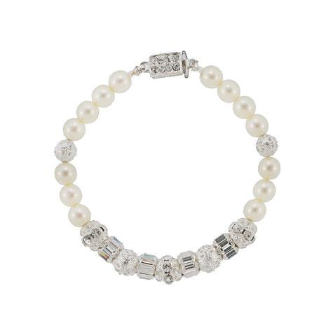 Pearl Bracelet with Various Metal Accents
