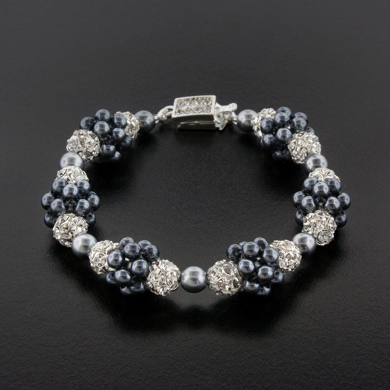 dark gray clustered pearl bracelet