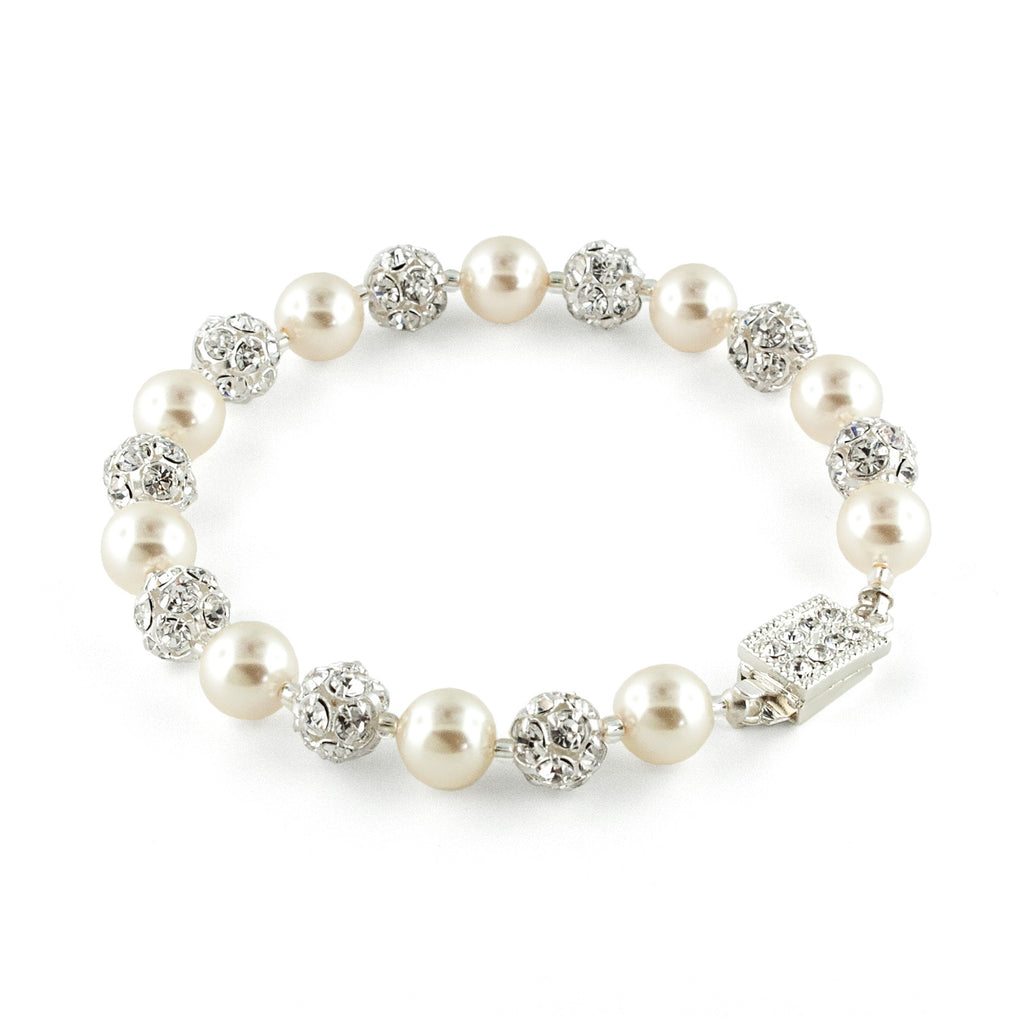 Pearl Bracelet with Rhinestone Beads