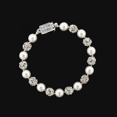 snow white czech pearl bracelet - RS077B