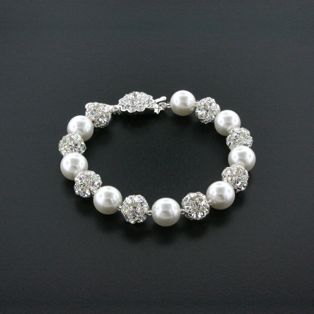 snow white pearl bracelet with rhinestone beads