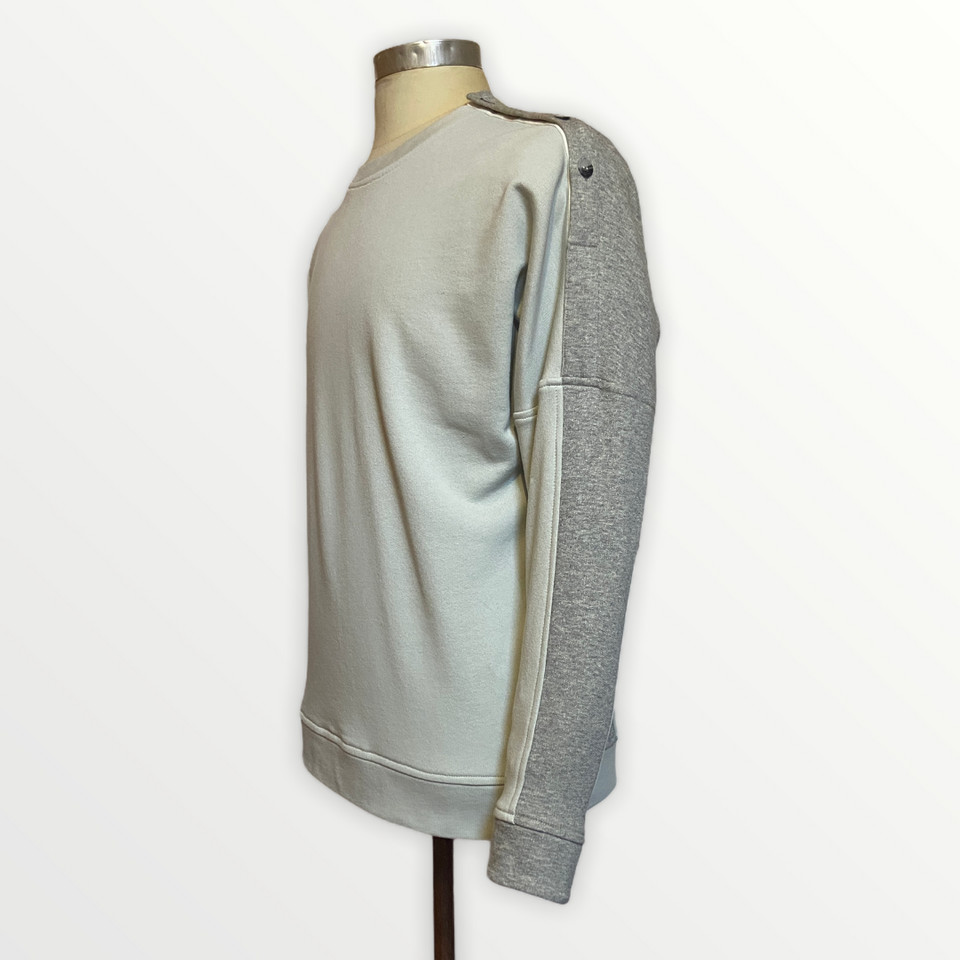 Button shoulder Relaxed Pullover