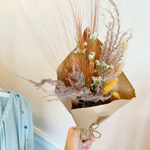 rose gold metallic bouquet