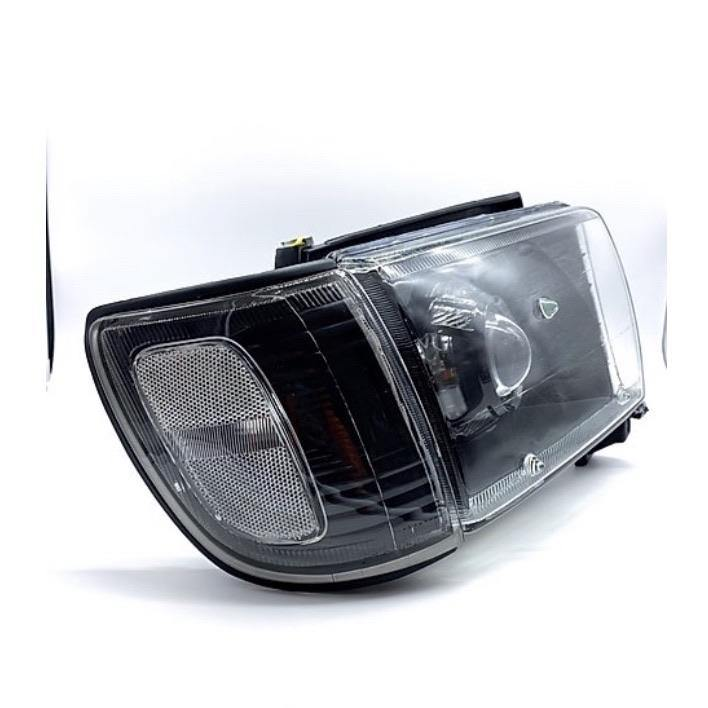 96-02 4Runner Black Corner Lights