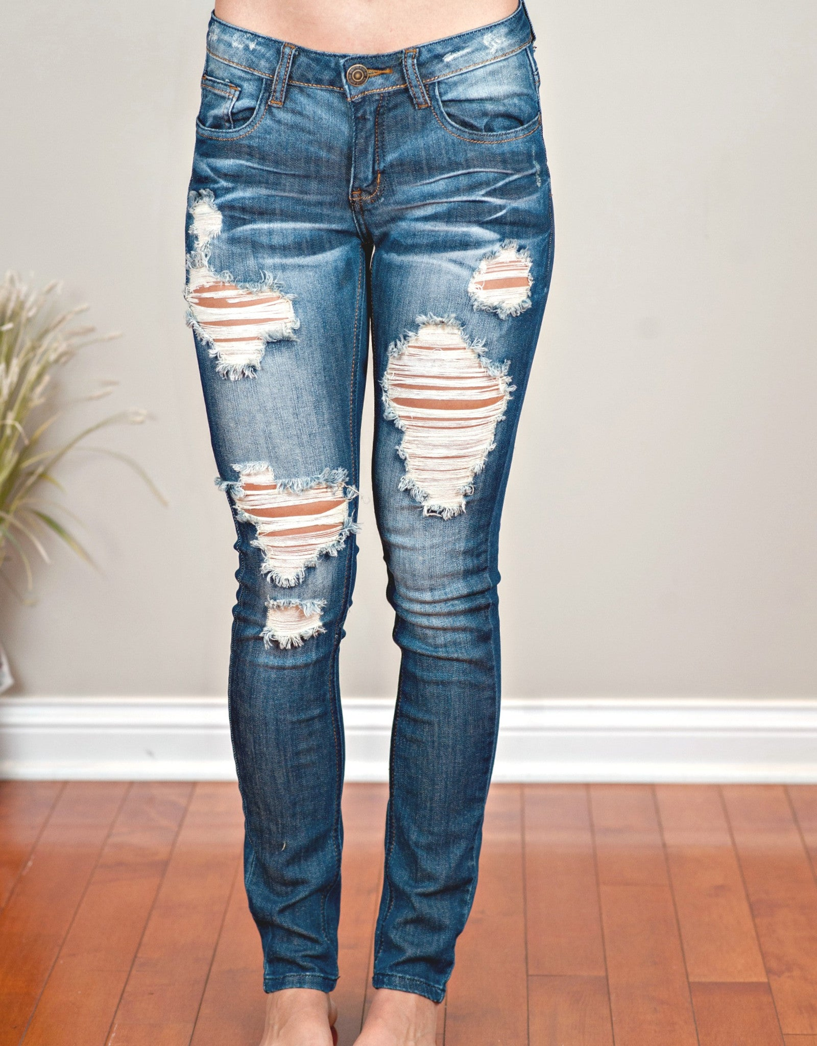 MACHINE Distressed Skinny Jeans: Lola Wash