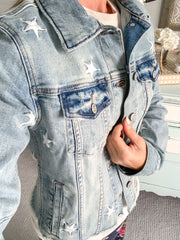 The Stars In Your Eyes Embroidered Denim Jacket: Light Wash