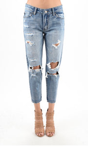 KanCan Alexa Destroyed Boyfriend Jeans