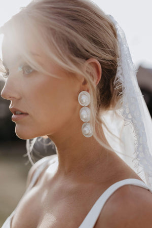 Load image into Gallery viewer, statement bridal earrings