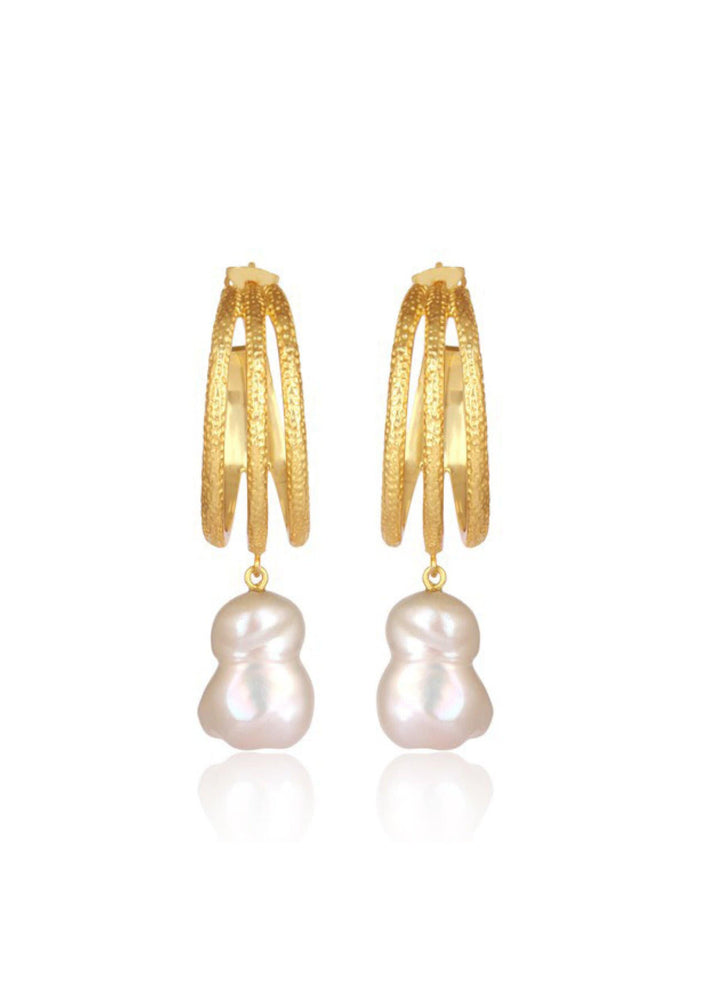 Load image into Gallery viewer, statement pearl earrings
