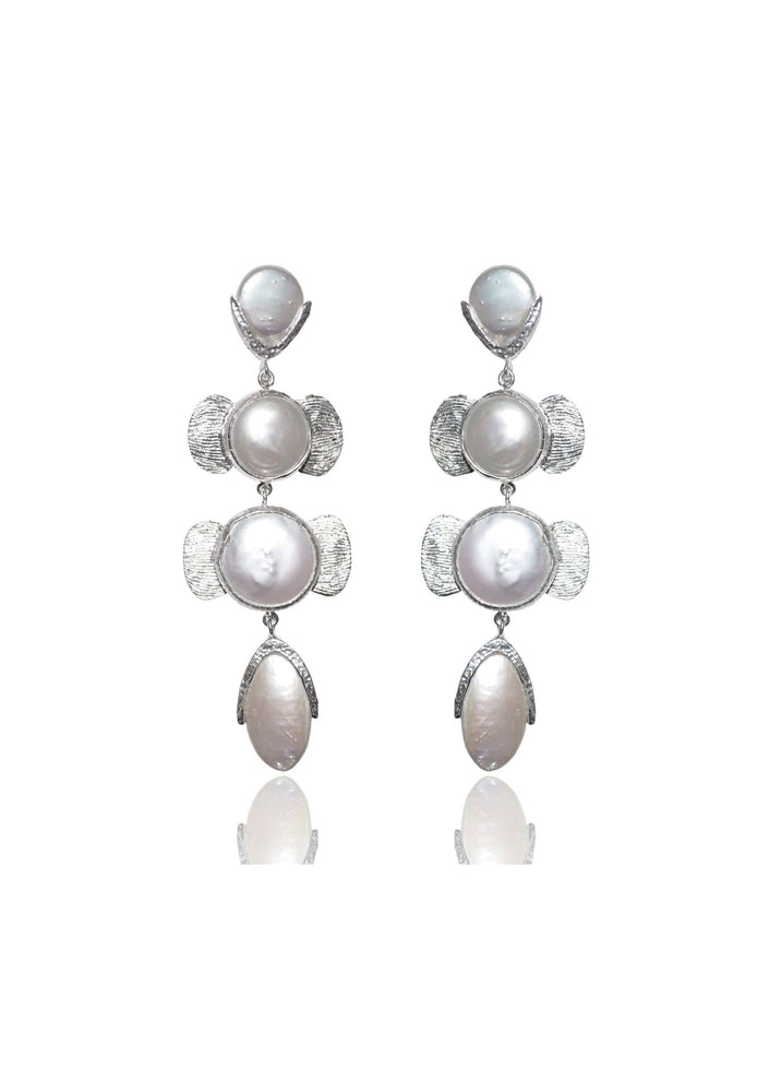 Load image into Gallery viewer, Statement pearl bridal earrings