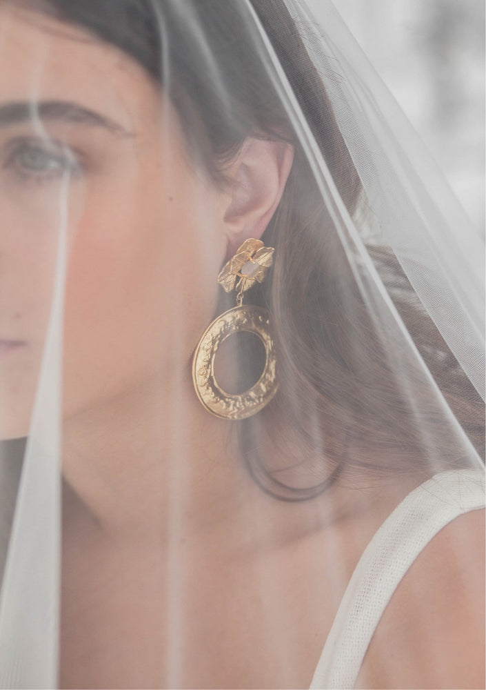 Load image into Gallery viewer, bridal accessories sydney