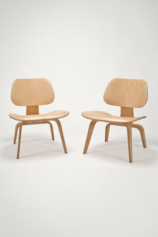 Pair of Molded Plywood Lounge Chairs (LCW) <br/> by Charles and Ray Eames