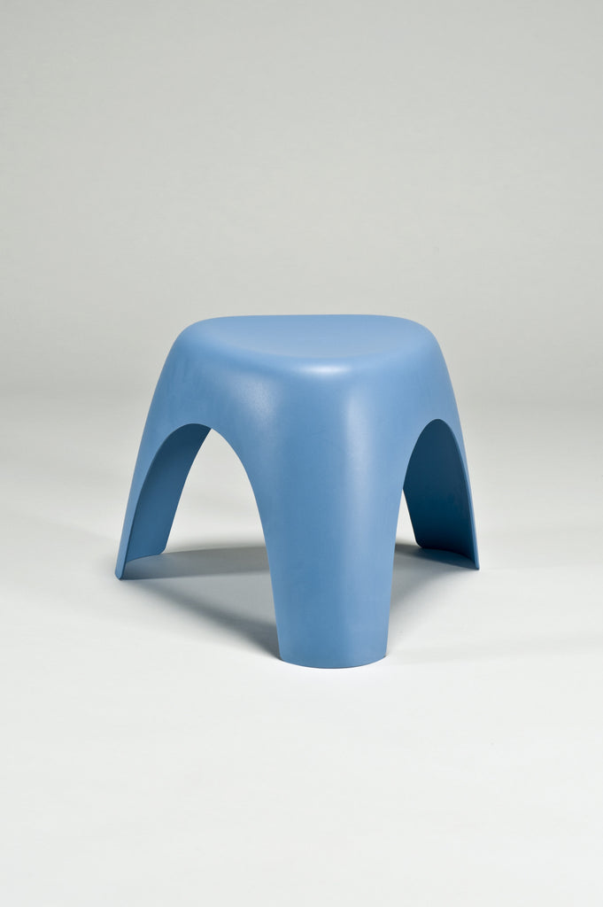 Elephant Stool (Prototype) by Sori Yanagi for the Vitra Desig Museum - Blue